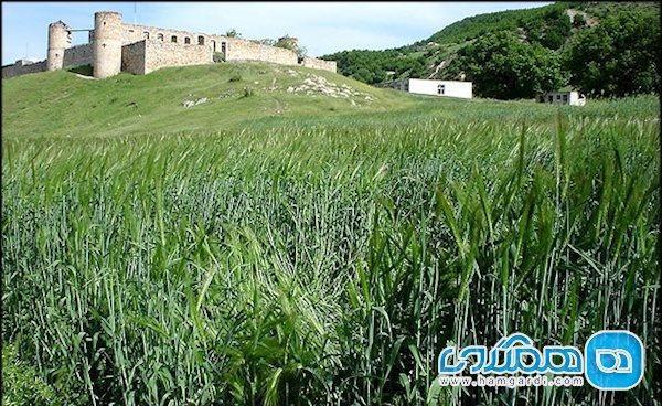 عمارت و کلیسای تومانیانس؛ بنایی باشکوه در آذربایجان شرقی