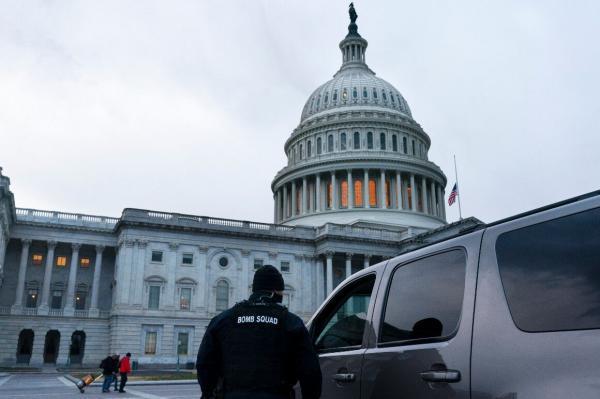 بمب گذاری در واشنگتن در شب یورش به کنگره