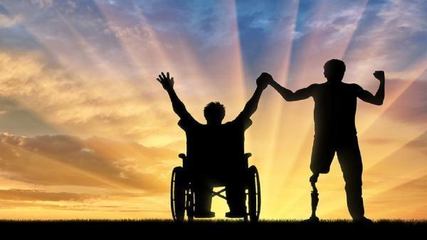 اتفاق بزرگ برای جامعه بوسیله یک زن، روایت بانوی کارآفرین معلولی که برای افراد سالم اشتغالزایی کرد